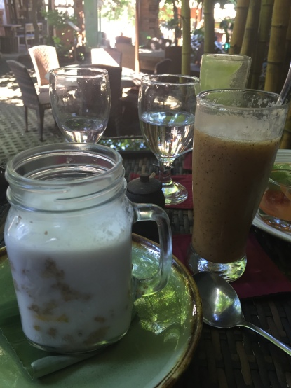 Live porridge in a jar at Soma, Ubud