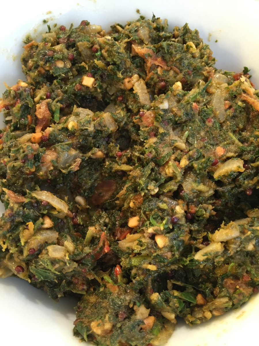 Indian Spicy Mint and Coriander Chutney